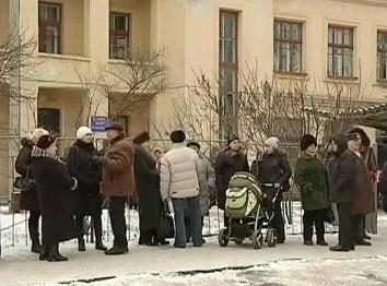100 мам с колясками вышли на акцию протеста в Черкассах