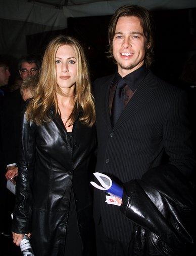 Дженнифер Энистон и Брэд Питт на 42-й Церемонии вручения премии «Грэмми» в Лос-Анджелесе, штат Калифорния, 23 февраля 2000 год. Фото: Frank Micelotta/Getty Images