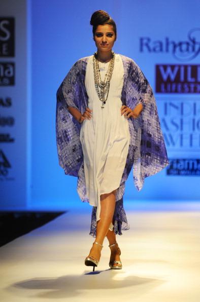Показ колекції від Рахул Сінгх (Rahul Singh) на Тижня моди в Індії. Фото: RAVEENDRAN / AFP / Getty Images