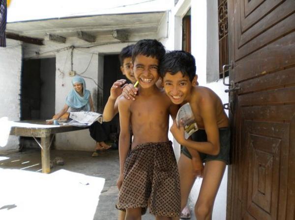 Діти в місті Варанасі. Фото: Наталя ОР'ЄН /Велика Епоха