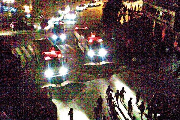 В 2 часа ночи 29 июня акция протеста была подавлена вооружённой полицией. Фото с epochtimes.com