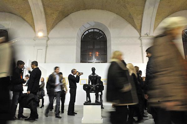 Великий скульптурний салон відкрився у Києві 17 лютого 2011 року. Фото: Володимир Бородін / The Epoch Times Україна