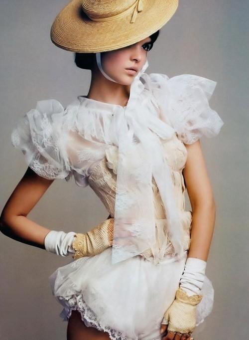 Эксклюзивные короткие свадебные платья. Фото с efu.com.cn