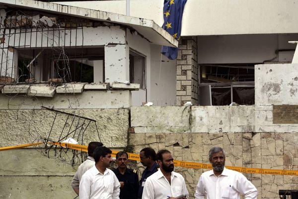 Вибух біля посольства Данії. Ісламабад, Пакистан. Фото: Warrick Page/Getty Images