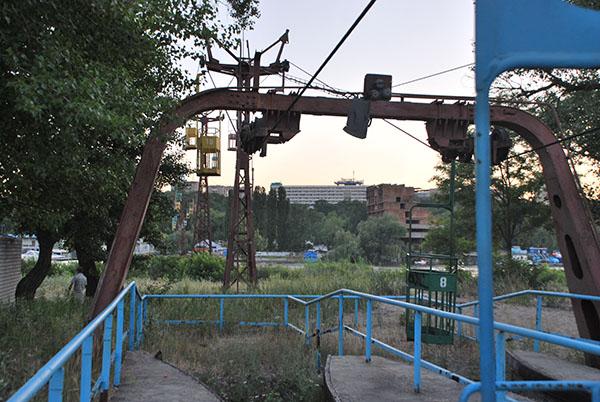 Канатна дорога не працює. Фото: Олена Колодіна/The Epoch Times Україна