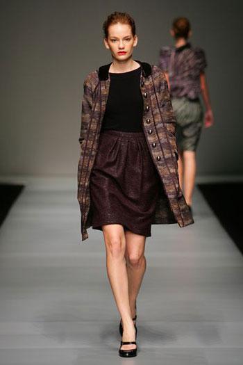Колекція одягу сезону осінь/зима від Пітера Сома (Peter Som) на тижні моди Mastercard Luxury Week у Гонконзі. Фото: MN Chan/Getty Images