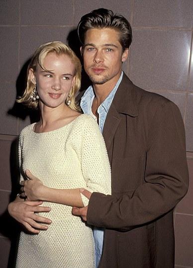Брэд Питт со своей «дамой сердца» на то время Джульет Льюис на предпросмотре премьеры фильма «Тельма и Луиза», 1991 год. Фото: hellomagazine.com
