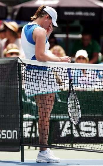 Російська спортсменка Віра Звонарьова під час змагань. Фото: Sandra Mu/Getty Images