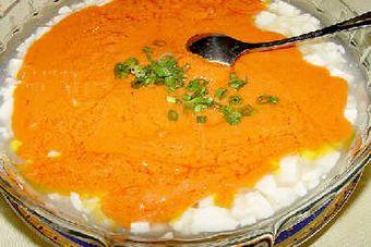 Соєвий сир з крабовим м'ясом. Фото з aboluowang.com