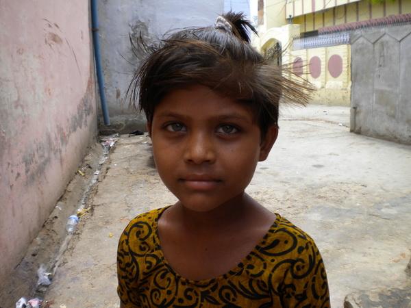 Дівчинка в місті Варанасі. Фото: Наталя ОР'ЄН /Велика Епоха