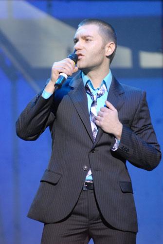 EL Кравчук на благодійному концерті «SOSстраданіє». Фото: Володимир Бородін/Велика Епоха