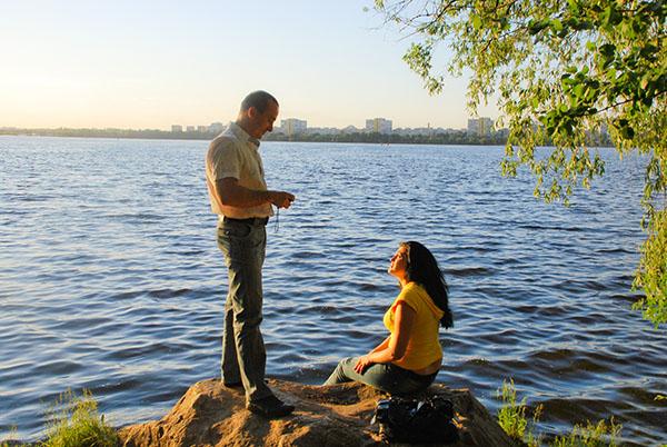 Відпочинок на березі Дніпра. Фото: Олена Колодіна/The Epoch Times Україна