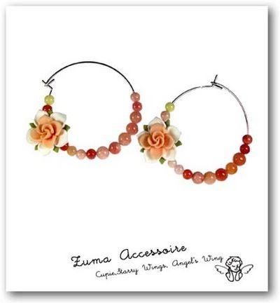 Класичні сережки з квітами. Фото з epochtimes.com