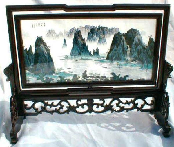 Горы. Двусторонняя сучжоуская вышивка. Фото: liveinternet.ru