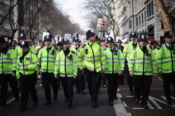В Великобритании сократят число полицейских