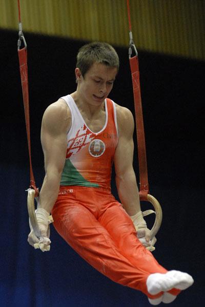 Турнир по спортивной гимнастике на Кубок Стеллы Захаровой в Киевском Дворце спорта 1 июня 2008 года. Фото: The Epoch Times
