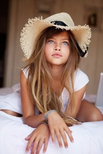Тайлен Лена-Роуз Блондо на страницах журнала Vogue Paris. Фото: fashionising.com