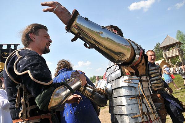Исторический фестиваль «Киевская Русь XIII столетия» в Парке Киевская Русь 21 мая 2011 года. Фото: Владимир Бородин/The Epoch Times Украина