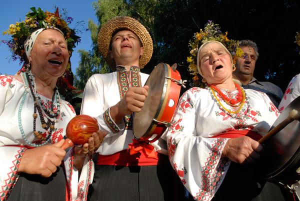 На свято приїхали фольклорні колективи з різних областей України. Фото: Володимир Бородін/The Epoch Times