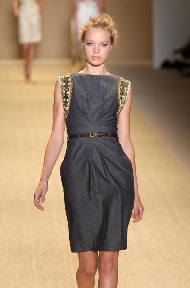 Коллекция от Monique Lhuillier неделе моды Mercedes Benz в Нью-Йорке. Фото: Scott Gries/Getty Images