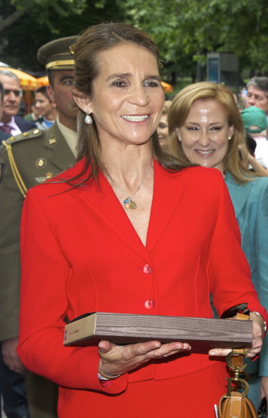 Принцесса Испании Елена на открытии Мадридской книжной ярмарки. Фото: Carlos Alvarez/Getty Images