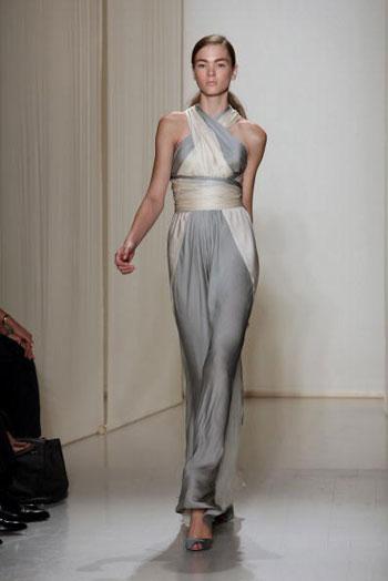 Колекція весна-2008 від Донни Керан (Donna Karan) на Тижні моди Mercedes-Benz Fashion Week у Нью-Йорку. Фото: EMMANUEL DUNAND/AFP/Getty Images