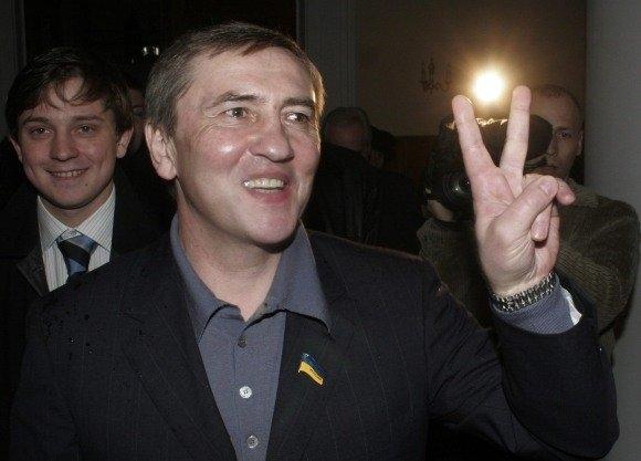 Черновецкий снова женился. Фото: hlpu.org.ua