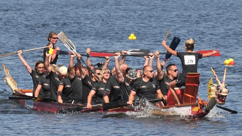 Чемпионат Европы по гребле на лодках Дракон в Киеве 28 августа 2011 года. Фото: Владимир Бородин/The Epoch Times Украина