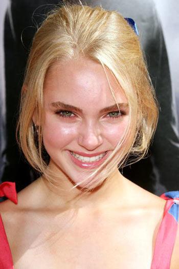 Актриса Ганна-Софія Робб (Anna-Sophia Robb) відвідала прем'єру фільму «Гарі Поттер і Орден Фенікса», яка відбулася в Голлівуді 8 липня. Фото: Frederick M. Brown/Getty Images