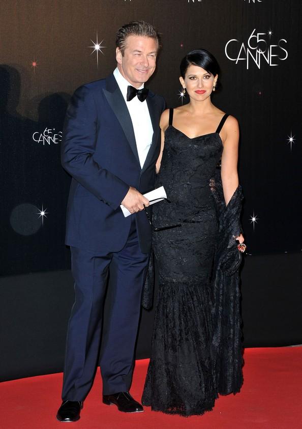Алек Болдуин со своей невестой Хилари Томас. Фото: Pascal Le Segretain/Getty Images