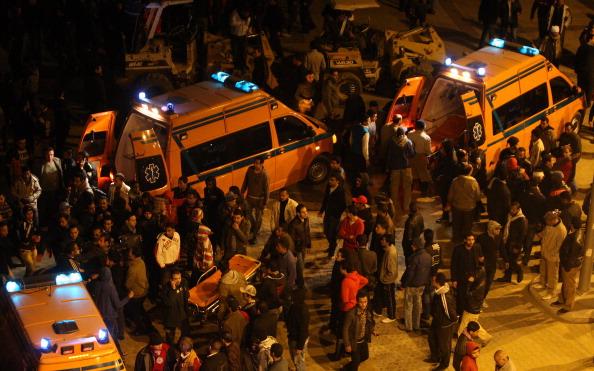 В Египте объявлен траур по 74 погибшим во время футбольного матча. Фото: AMRO MARAGHI/AFP/Getty Images