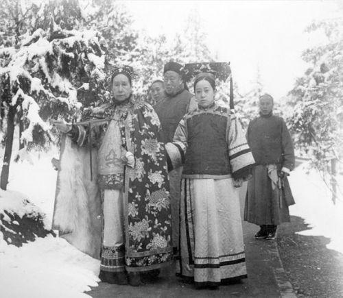 Богатая китайская семья времён династии Цинь. Фото с epochtimes.com