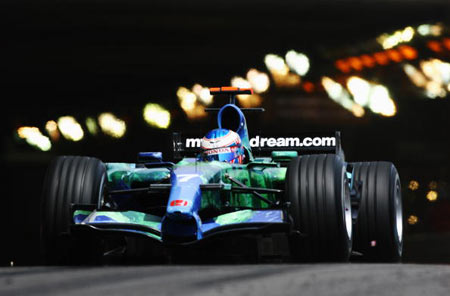 Монте-Карло, МОНАКО: Водій 'Honda Racing' Дженсон Баттон (Jenson Button) з Великобританії під час гонок. Фото: Paul Gilham/Getty Images