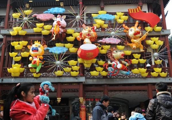 За китайським календарем 2011 - рік Кролика. Шанхай. Китайська Народна Республіка. Фото: ChinaFotoPress/Getty Images