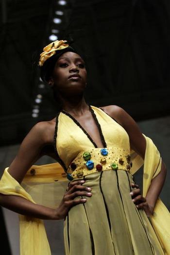 Неделя моды в Кейптауне, ЮАР. Фото: GIANLUIGI GUERCIA/ AFP