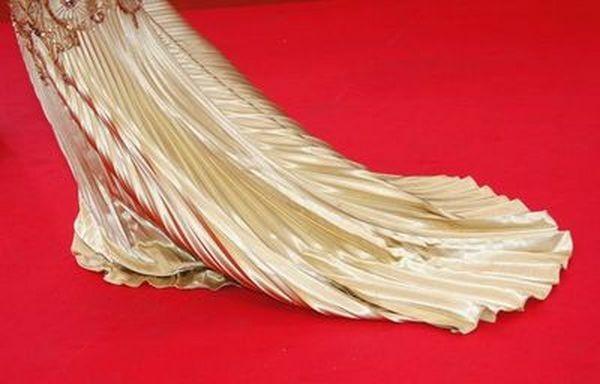 Прикраси і аксесуари зірок на Канському кінофестивалі у Франції. Фото: АFP