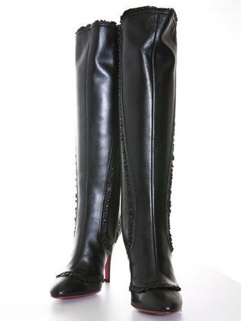 Жіночі чоботи: у моді виграшні зимові комбінації. Фото з epochtimes.com