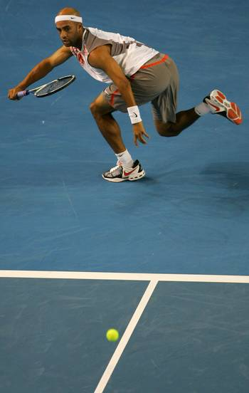 Джеймс Блейк (США) (James Blake of the United States of America) під час Відкритого чемпіонату Австралії з тенісу в Мельбурні. Фото: PETER PARKS/AFP/Getty Images