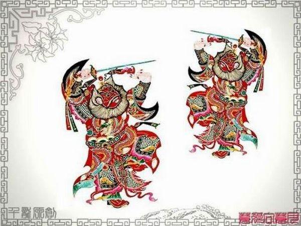 Фигурки-персонажи китайского театра теней. Фото с secretchina.com
