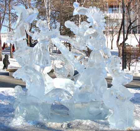 На фото показана зроблена з льоду скульптура. Фото: Іван Поляков/Велика Епоха