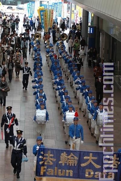 «Небесний оркестр» в Кобе. Фото: Hong Kazuo/The Epoch Times