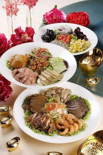 Салат по-маньчжурськи. М'ясо і овочі. Фото з epochtimes.com