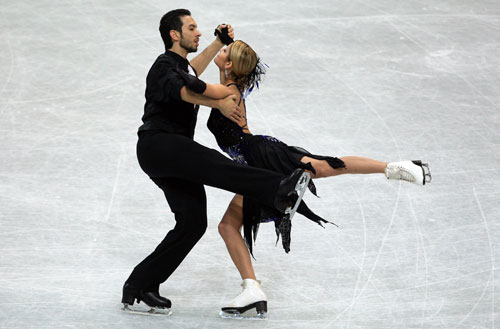 Танит Белбин/Бенджамин Агосто (США) исполняют обязательный танец. Фото: Jamie McDonald/Getty Images