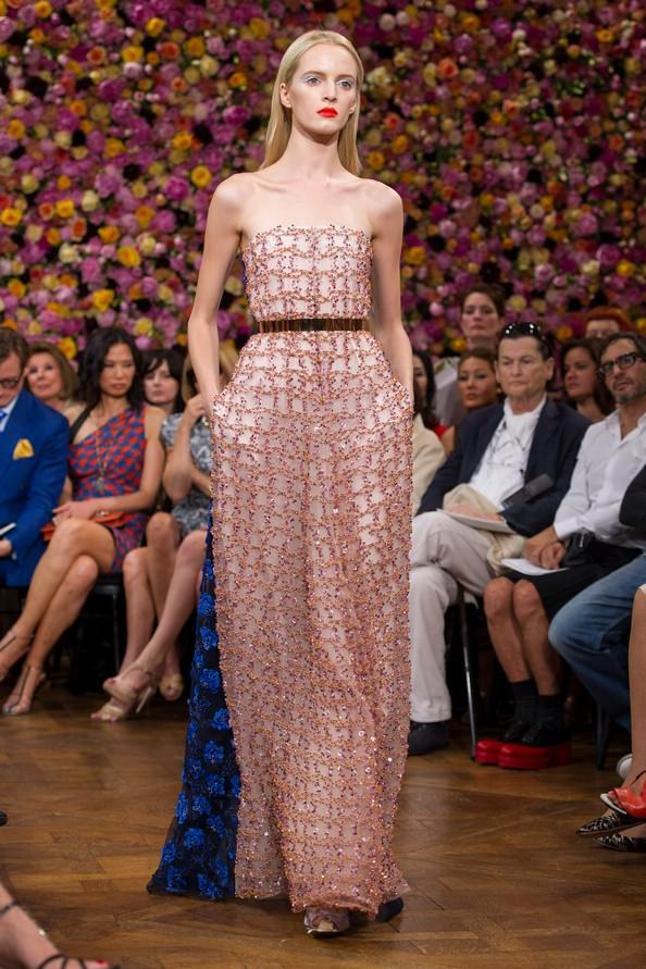 Модный дом Dior представил креативный директор Раф Симонс (Raf Simons). Фото: Pascal Le Segretain/Getty Images