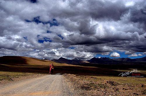 Тибетська земля та її люди. Фото з aboluowang.com