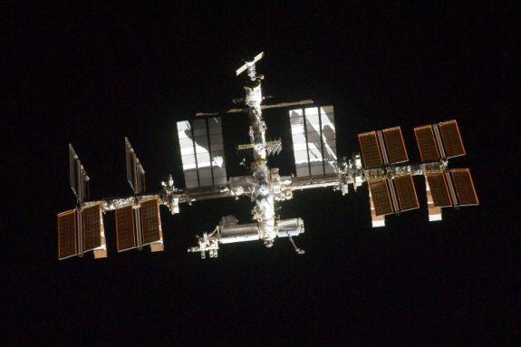 Фото Международной космической станции, сделанное членом экипажа Атлантиса. Фото: NASA via Getty Images