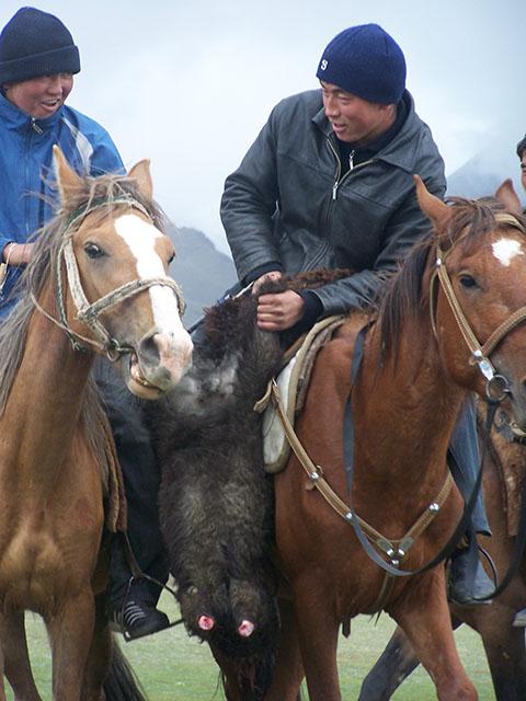 Самобытная жизнь кочевников Кыргызстана. Фото: Франсиско Гавилан