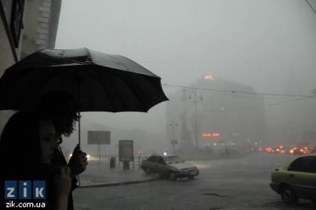Над Львовом пронісся страшний буревій. Фото: ЗІК