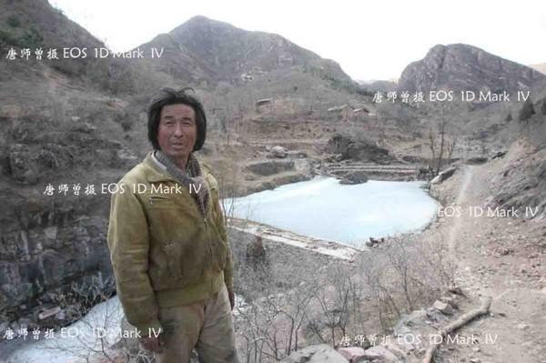 Жизнь семьи выпускников «Бэйда» в горах. Провинция Хэбэй. Фото: Mark IV