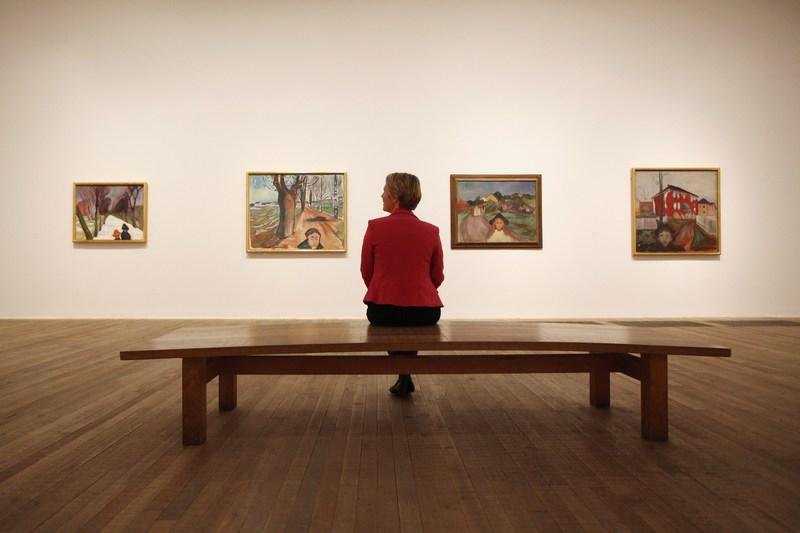 Лондон, Англия, 26 июня. В галерее Tate Modern открылась выставка работ «Эдвард Мунк: современный взгляд». Фото: Oli Scarff/Getty Images